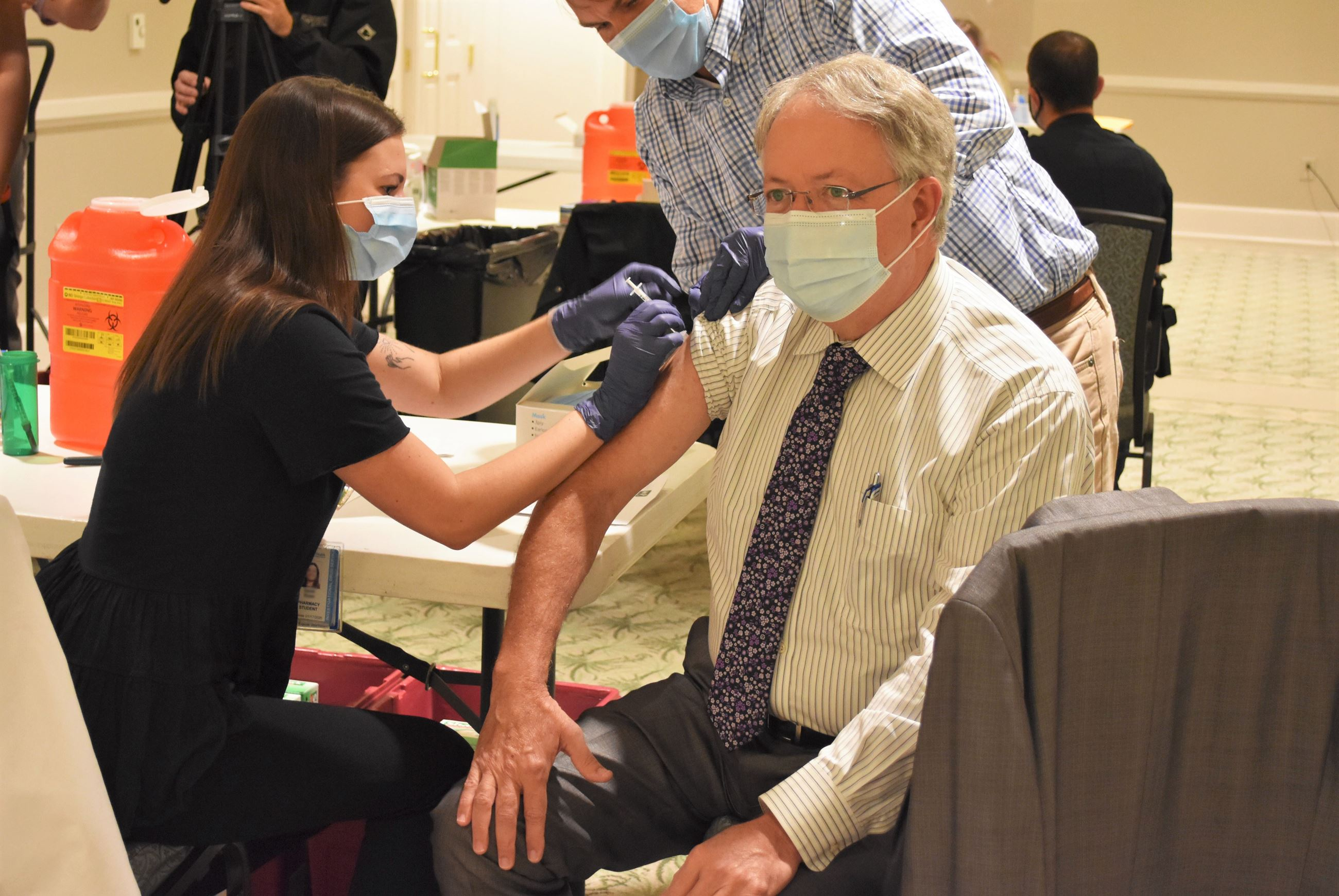Mayor Tecklenburg Flu Shot